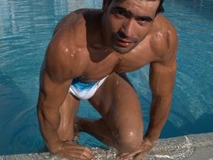 featured mature male model - SamRiccii