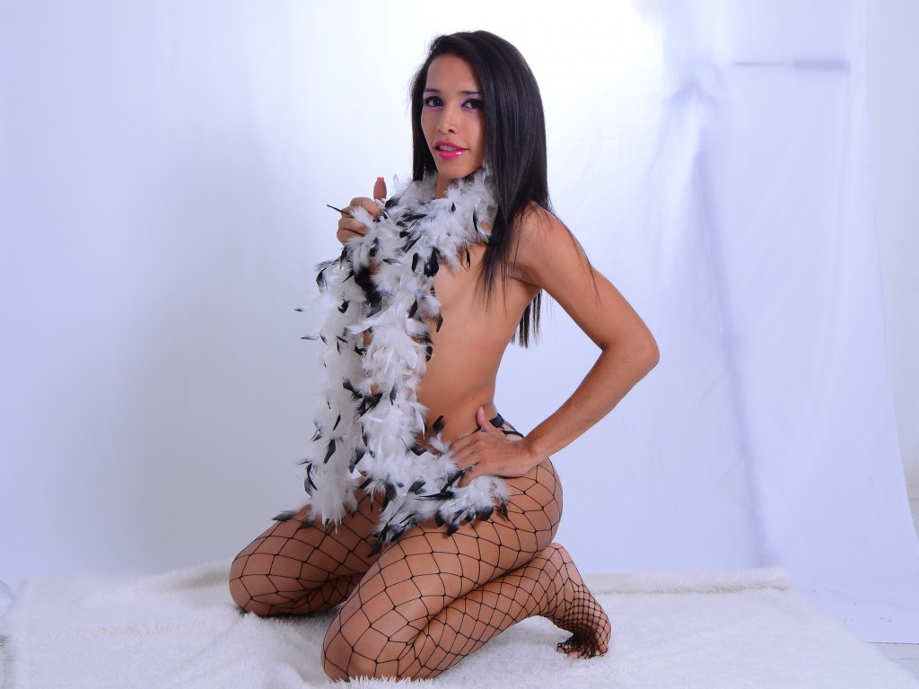 dirtycockhugexx - hot shemale cam babe